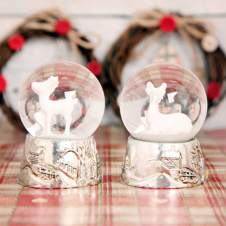 original_christmas-deer-globe-white-and-silver