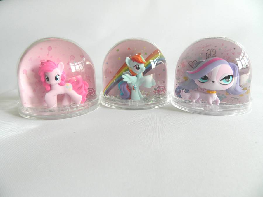 original_my-little-pony-snow-globe